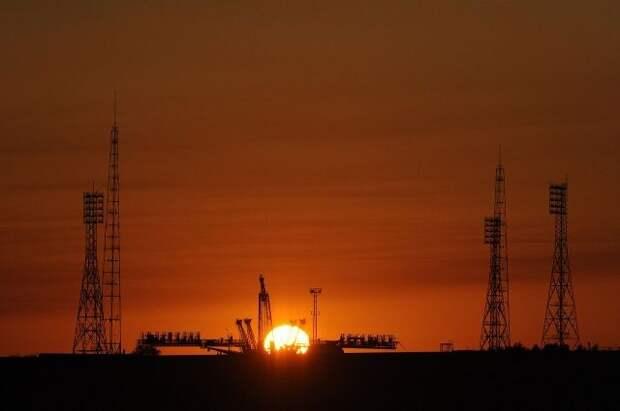 На Байконуре появилась ракета «Союз», украшенная под городецкую роспись