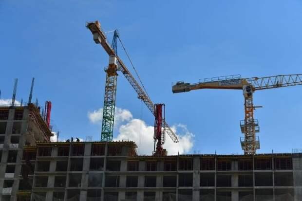 В жилом комплексе на Красноказарменной достроили пять домов