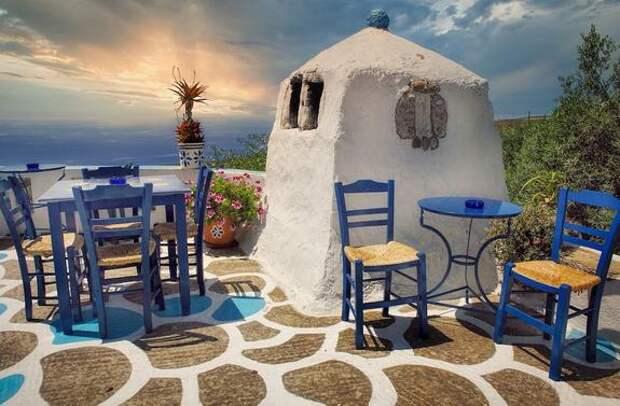 Власти Греции до 14 мая продлили ограничения для туристов