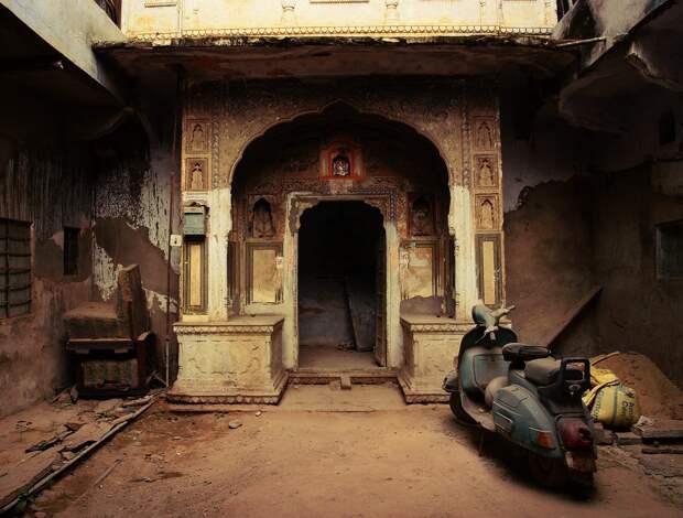 Jaipur17 Оттенки серого. Оттенки розового