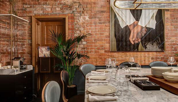 Азиатские завтраки и закрытые ужины: где бронировать стол в Санкт-Петербурге