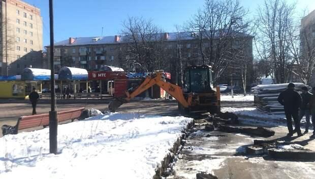 Подрядчики приступили к ремонту двух памятников воинской славы в Климовске