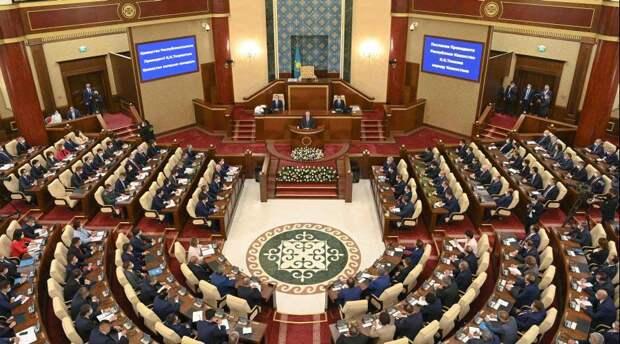 Гомеопатическое послание. Президент Казахстана в третий раз обратился к народу