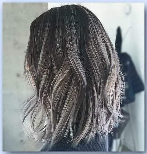45 классных идей. Серые оттенки волос с серым или белым мелированием.
