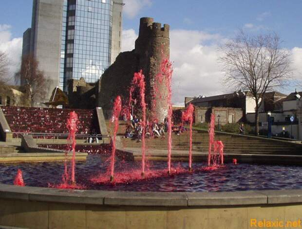 castle-square-fountain