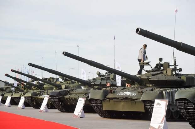 Минобороны России направит в войска более 240 новейших танков