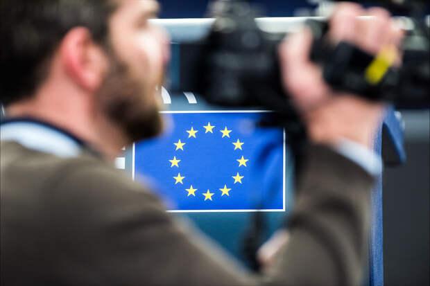 Евросоюз ввёл новые санкции против России из-за Навального