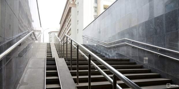 В Лианозове подземный пешеходный переход к платформе «Марк» очистили от вандальных надписей