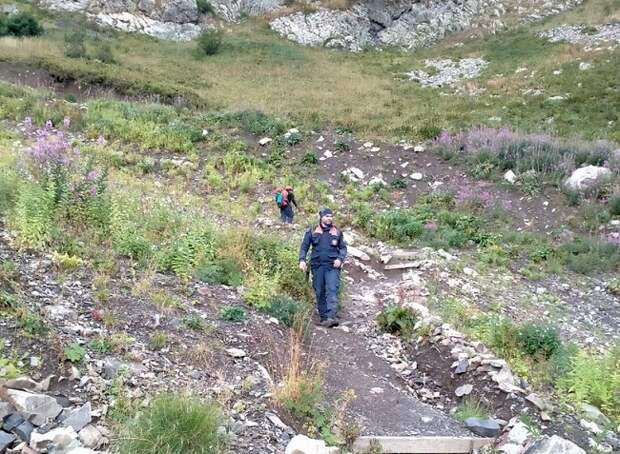 Пропавшие в горах Сочи туристы вышли на связь