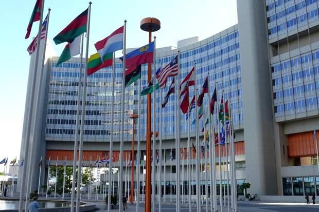 В ООН пытаются примирить Баку и Ереван, отправившие войска в Нагорный Карабах