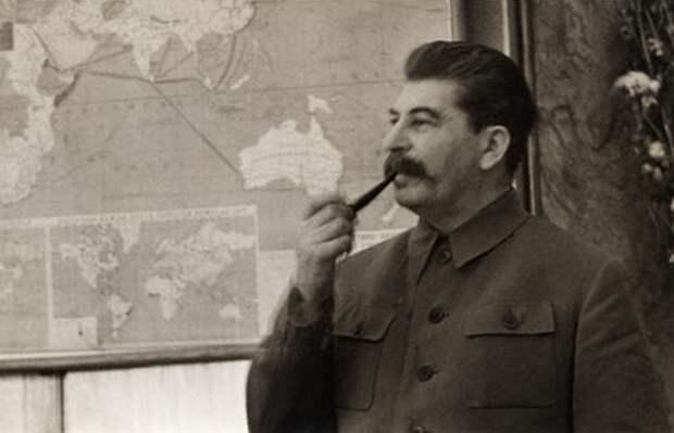 Какие бывшие территории России Сталин хотел отобрать у Турции