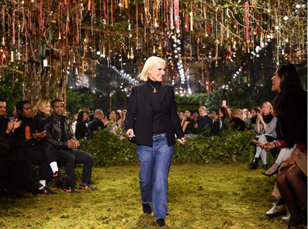 Первая женщина в Dior: Как дизайнер и феминистка Мария Грация Кьюри разочаровала критиков и завоевала сердца молодежи