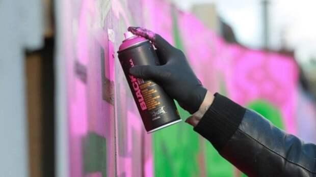 Граффити по мотивам «Утиных историй» и фильма «Брат» появилось в Москве