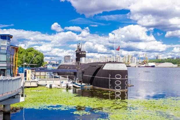 Посетители музея ВМВ увидят верхнюю палубу подводной лодки