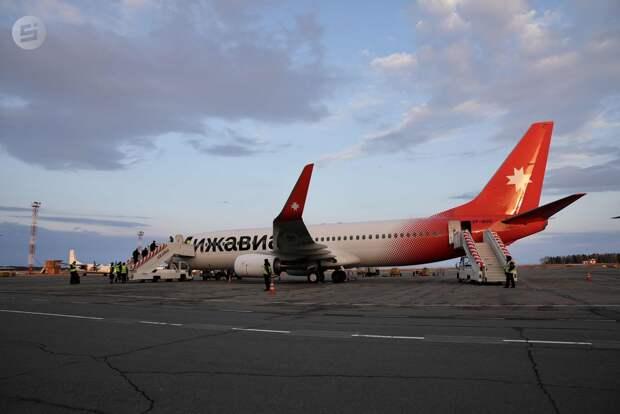 Первый «Боинг» авиакомпании «Ижавиа» приземлился в Удмуртии