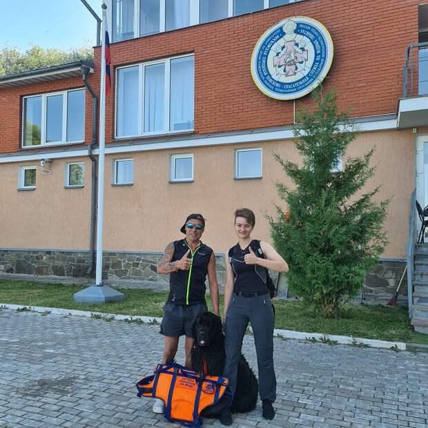 Взят с поверхности воды: на Северо-Западе Москвы оказали помощь тонущему мужчина