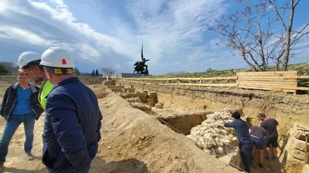 Бастион времен Крымской войны на мысе Хрустальный спрятали от горожан