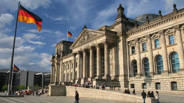 В Берлине оценили слова Киева о возвращении статуса ядерной державы