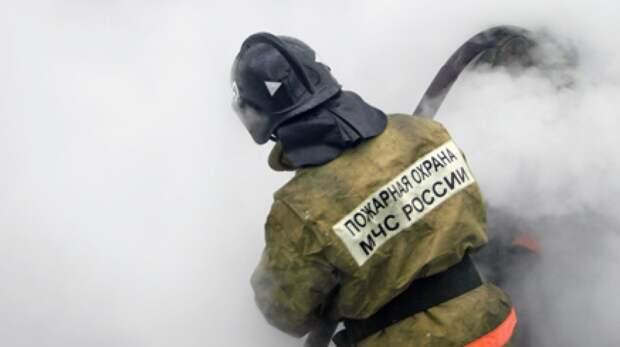 """Площадь пожара в автосервисе в Улан-Удэ составила  3600 """"квадратов"""""""