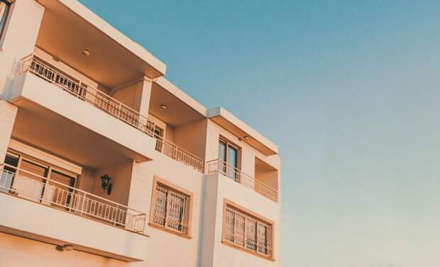 Как выстроить стратегию заработка на зарубежной недвижимости