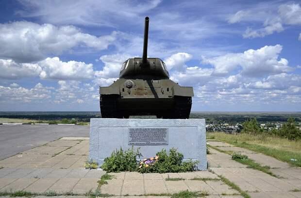 Tank-T-34-82844.JPG