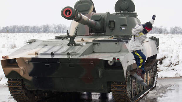 Украинские олигархи требуют отказаться от Донбасса: Эксперт Рожин рассказал о причинах сдачи позиций Киевом