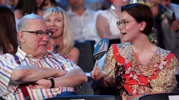 Романтика накатере: Брухунова показала, как отдыхает сПетросяном наМальдивах