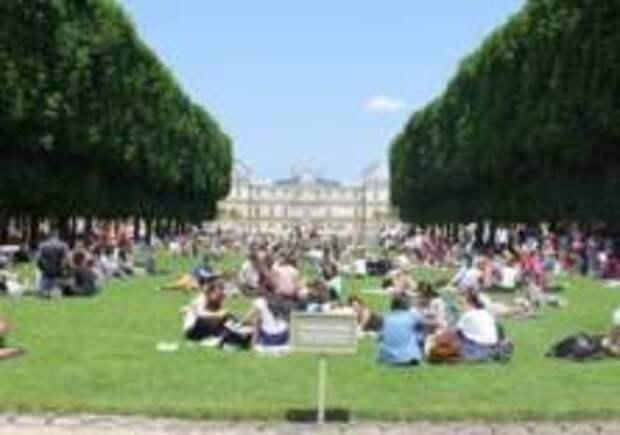 Парки Парижа открыли для всех