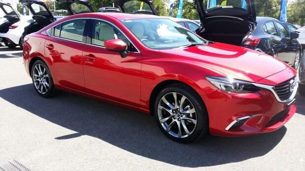 Mazda выпустит ограниченный тираж обновленных автомобилей Kuro Edition
