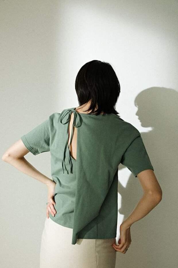 Необычные спинки футболок