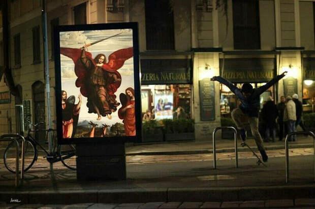 «Боже, кто украл мою рекламу?»: француз заменил уличные плакаты классическими картинами