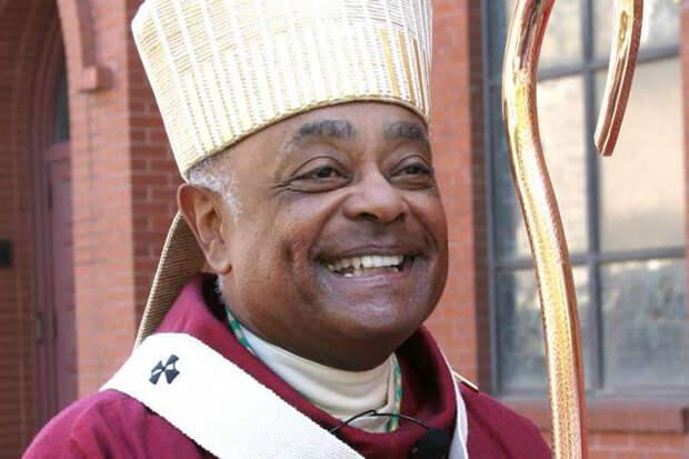 Чернокожий активист ЛГБТ впервые стал кардиналом в Ватикане