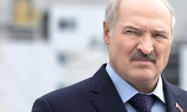 «Можем очень серьезно ответить»: Лукашенко показал Западу «хороший кулак»