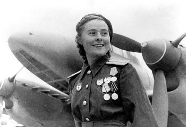 Лидии Литвяк: летчица-ас, сбившая 16 немецких самолетов