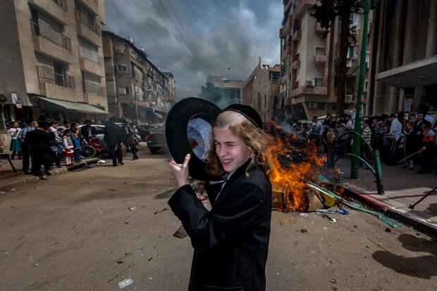На улице в Тель-Авиве. Фотограф Алан Бурла 25 5