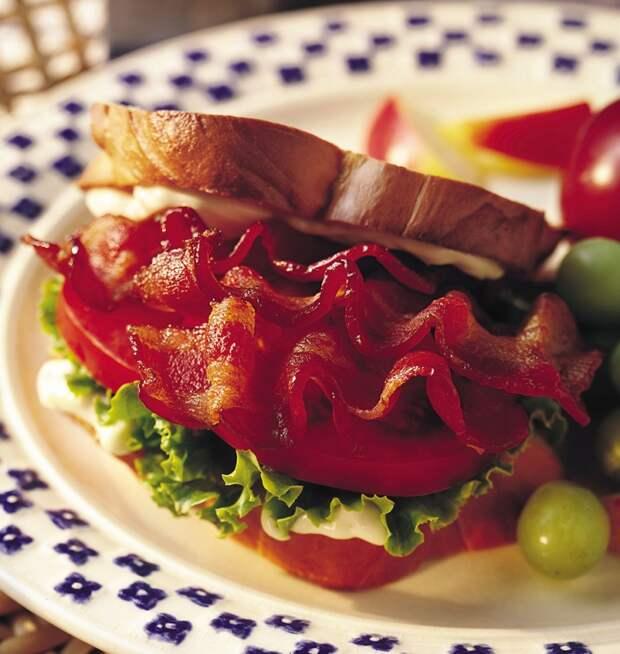 Рецепты против похмелья Британия — сэндвич с беконом