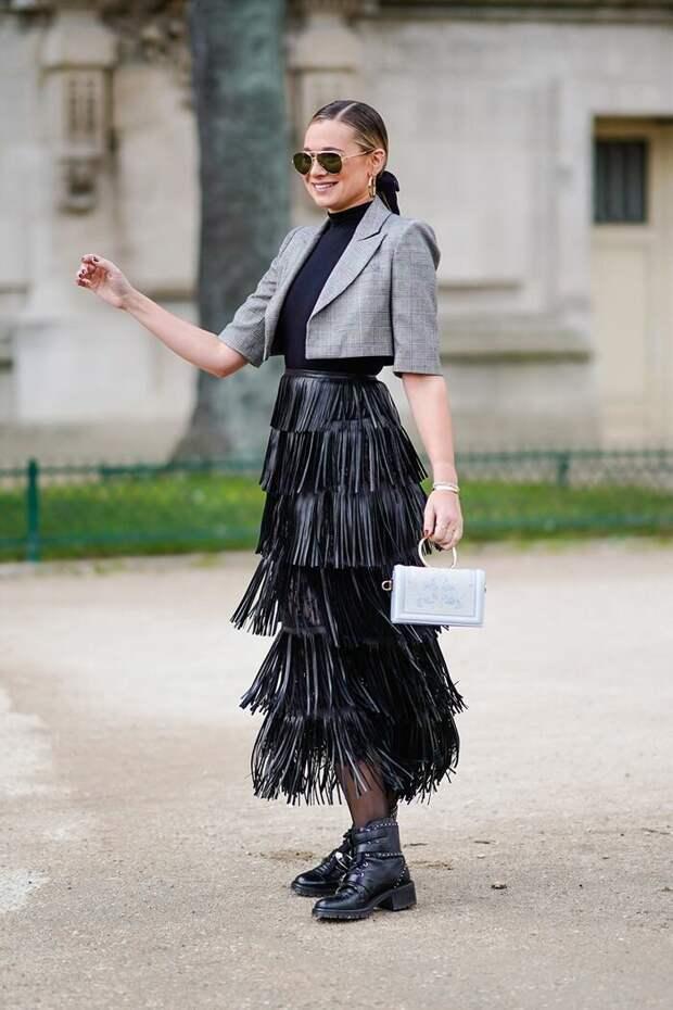 3 ультрамодные юбки на осень 2020, которые подчеркнут стройность и хрупкость женщины