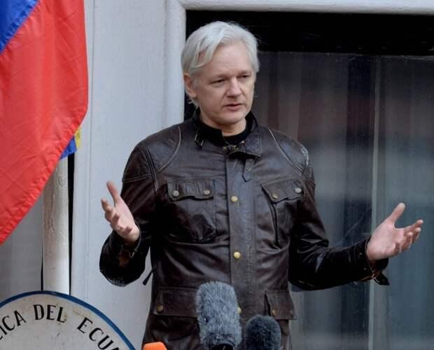 Ассанжа, Сноудена и Мэннинг выдвинули на Нобелевскую премию мира