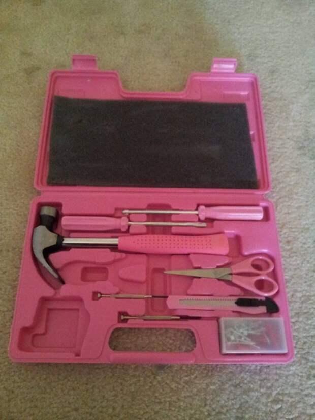 Розовый набор с инструментами
