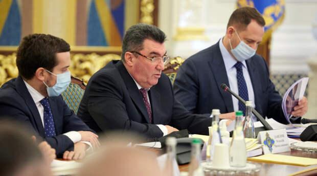 «Логика Киева не соотносится с реальностью»: зачем на Украине расследуют продление аренды базы в Крыму от 2010 года