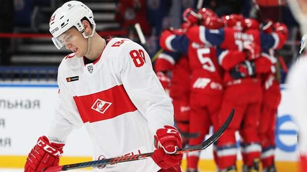 Знарок открыл сезон разгромным поражением. «Спартак» получил в Ярославле 2:7, пропустив 3 гола за 90 секунд