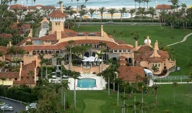 В резиденцию Трампа во Флориде попытался прорваться внедорожник