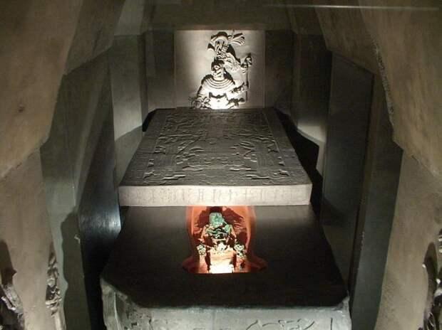 Неразгаданная тайна Пакала Великого — «космонавта Паленке»