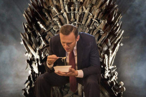 Фарс окончен: Навальный прекращает голодовку