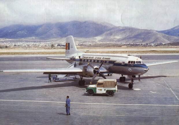 Tarom Il-14.jpg