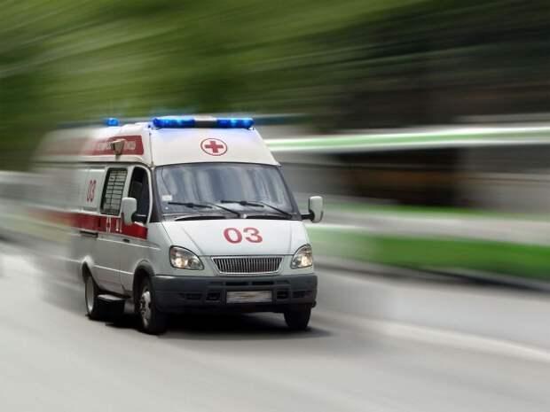 В Симферополе «полдня умерший лежал на остановке»
