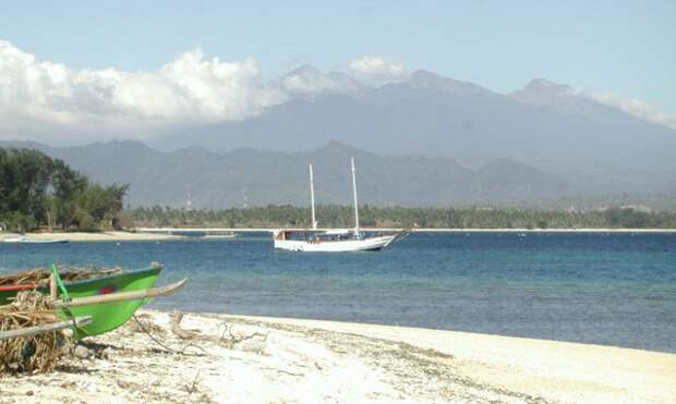 Ломбок, Индонезия: райское место в Индийском океане