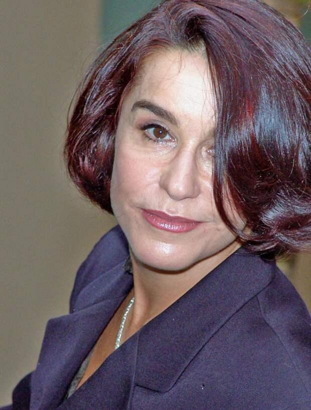 В этом году Луселия дус Сантус отметила 60-летний юбилей. wikipedia