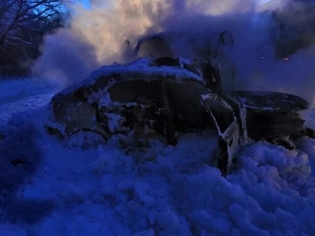 Страшное ДТП в Нижегородской области: люди заживо сгорели в машине после столкновения с грузовиком