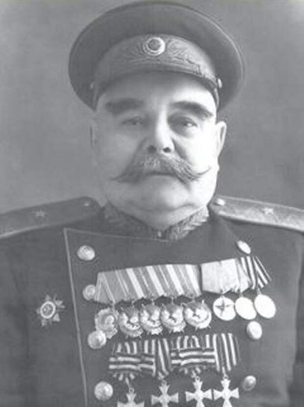 """Эффектное фото красного генерала. """"Чапаева"""" чем-то напомнило"""